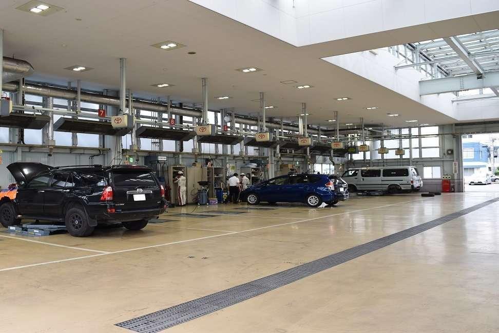 横田店 工場