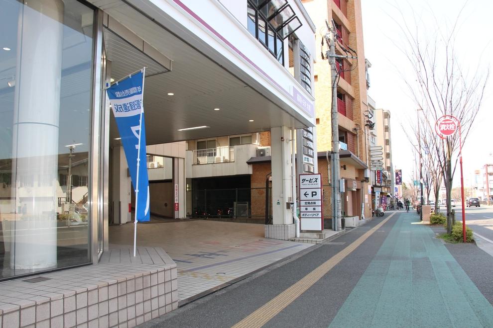 駐車場入口 (大橋店)