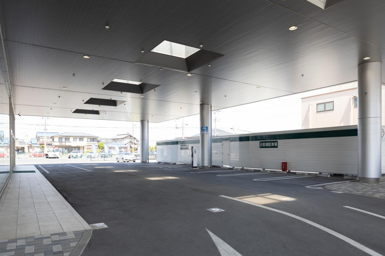 小山駅南通駐車場