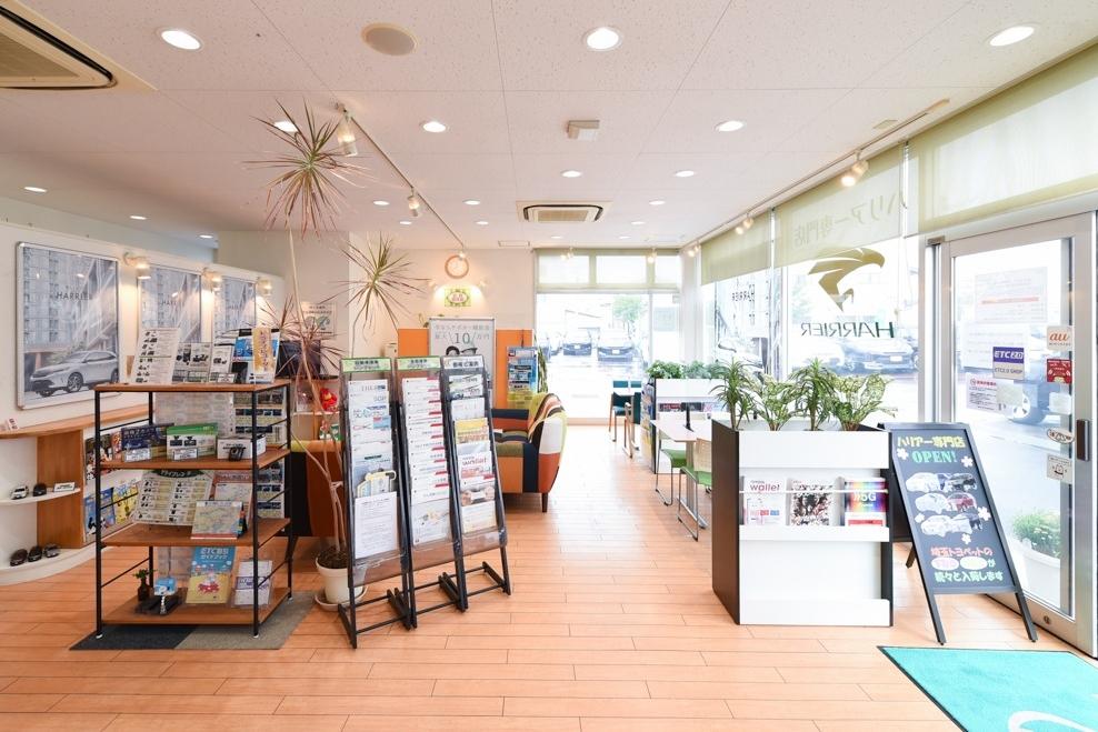 一平川越店ショールーム写真