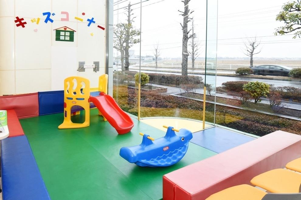 川越北支店 ショールーム キッズコーナー写真