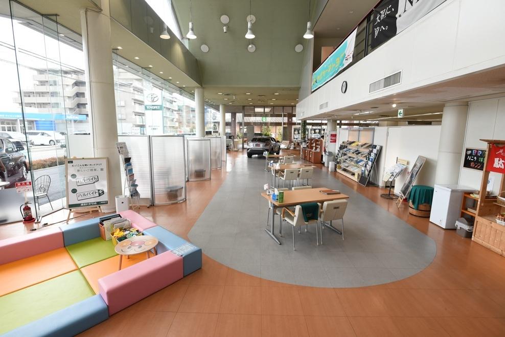 武蔵藤沢支店 ショールーム写真