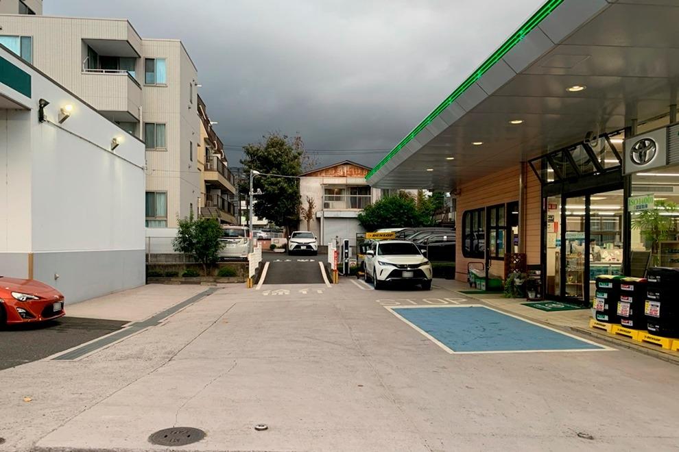 280_十日市場店_入口付近