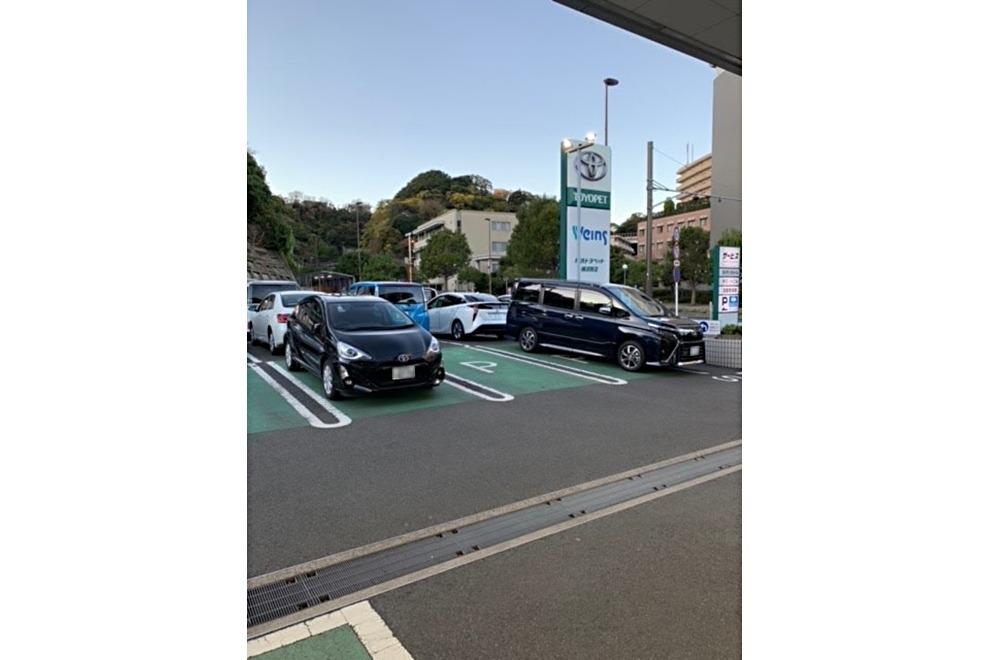 170_横須賀店_駐車スペース