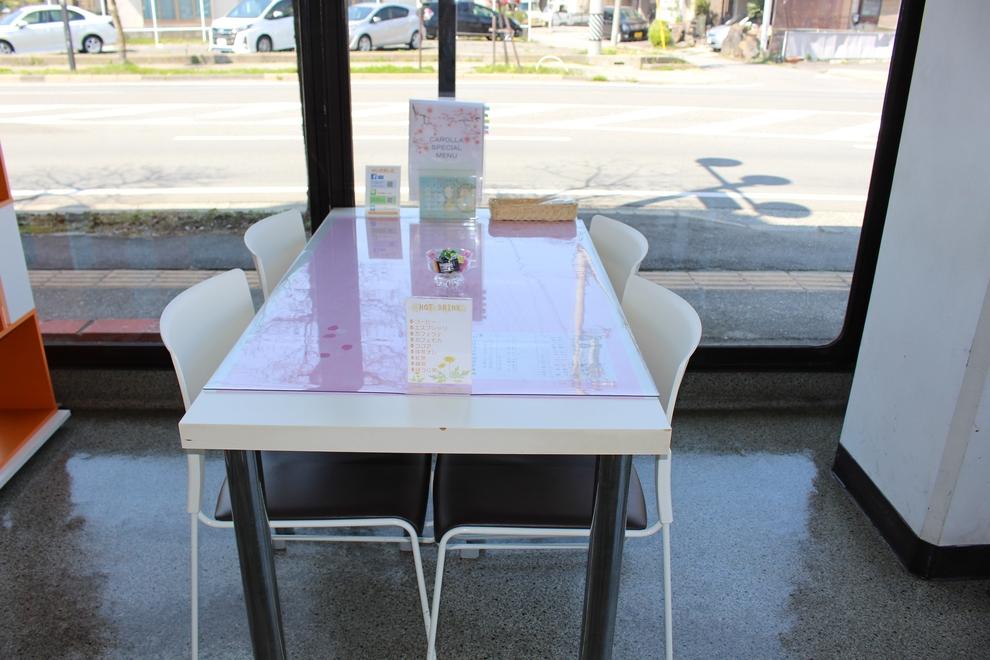 諏訪商談テーブル1
