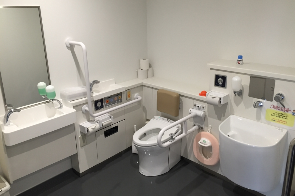 福島丸子_多目的トイレ