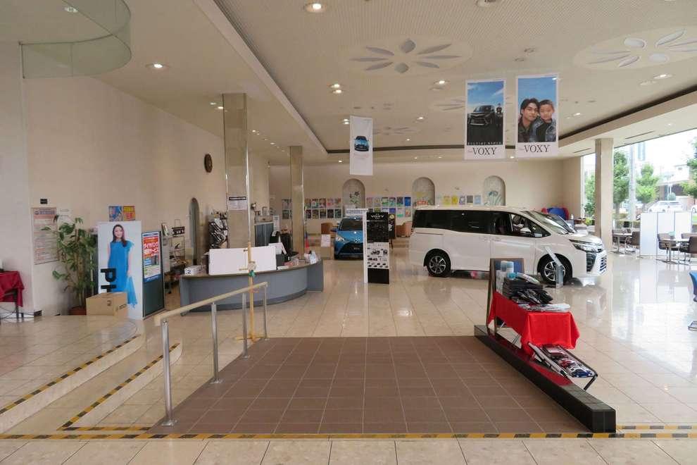 store_30_showroom