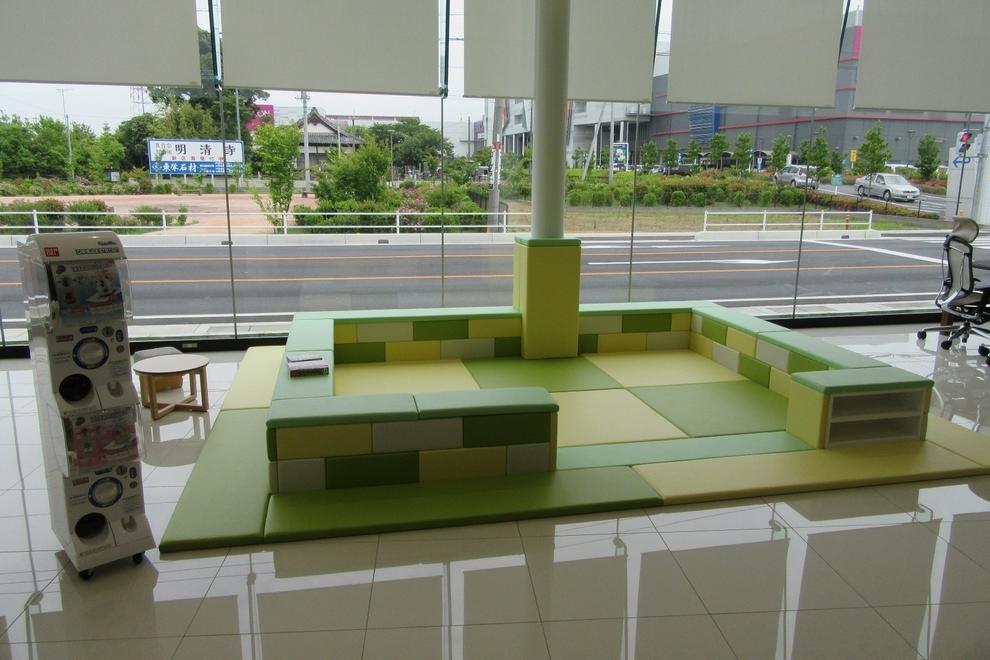 春日部店キッズコーナー