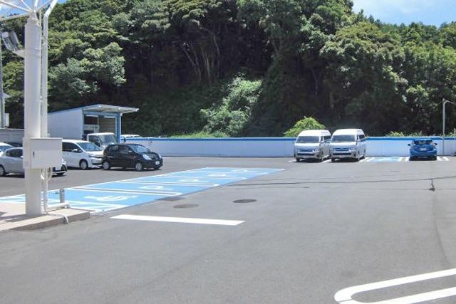 成田_駐車場