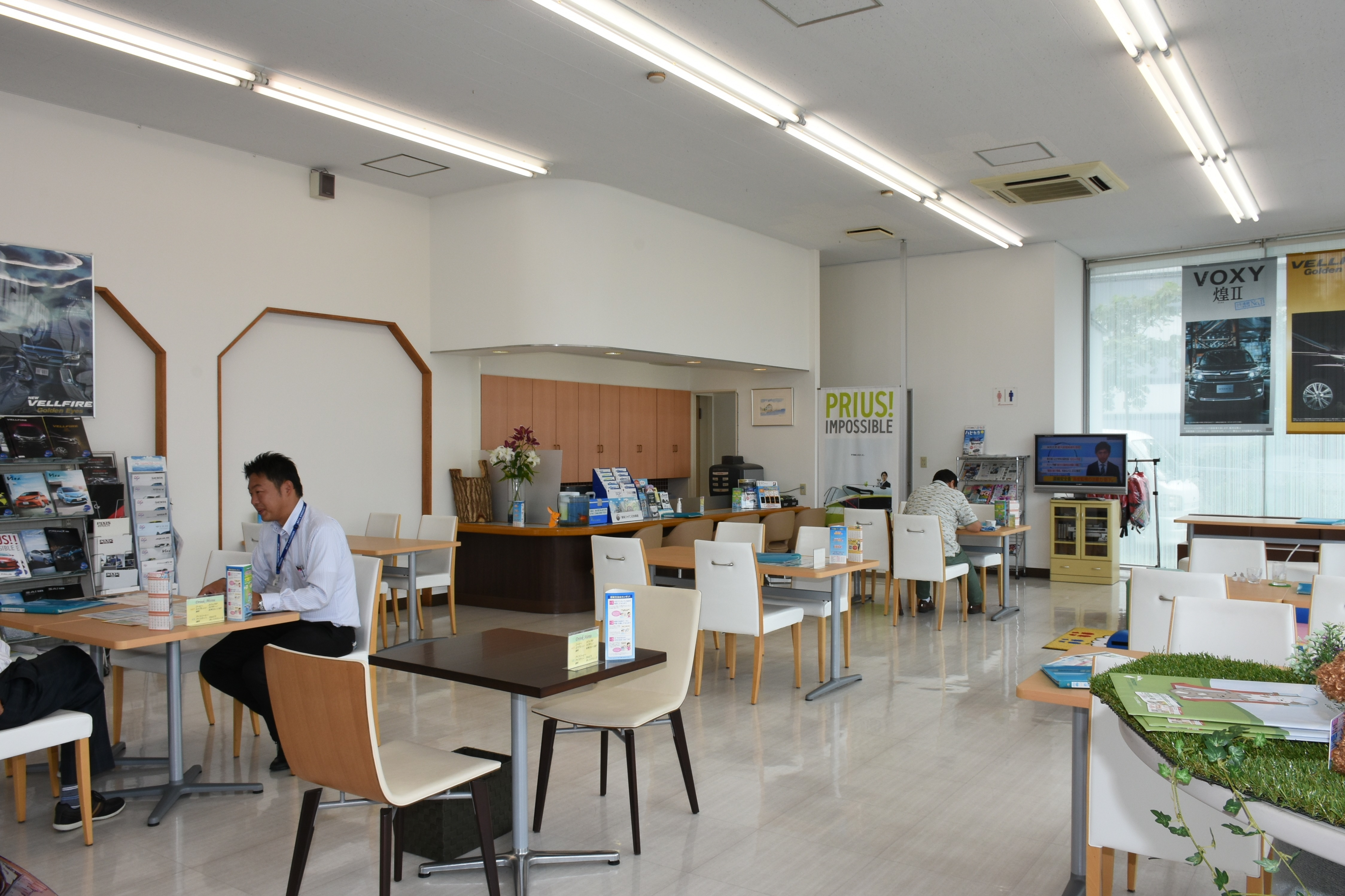 横須賀三春町店ギャラリー02