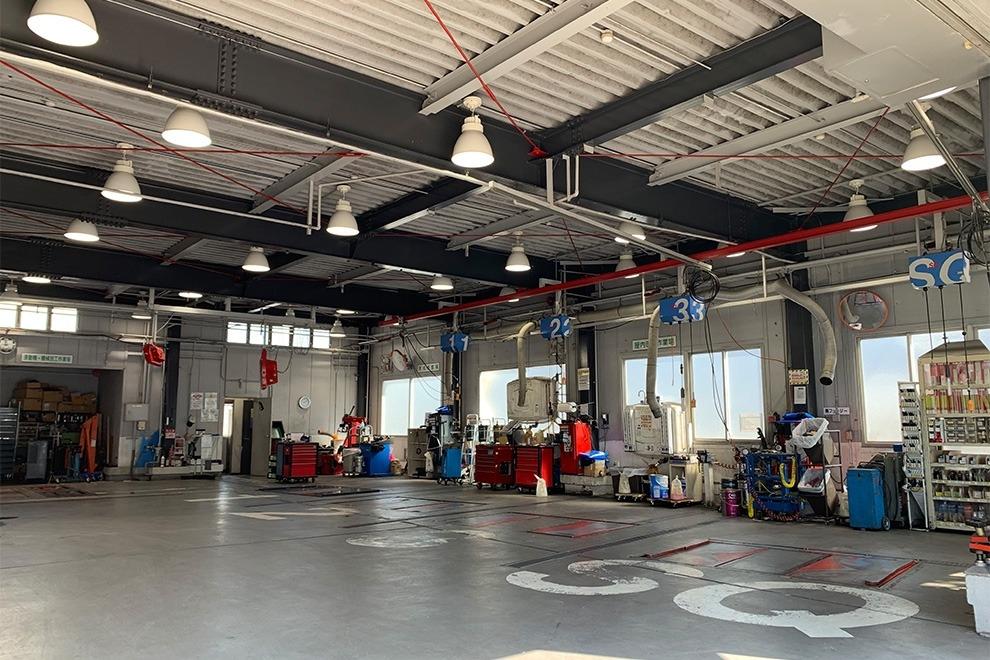 垂水店整備工場