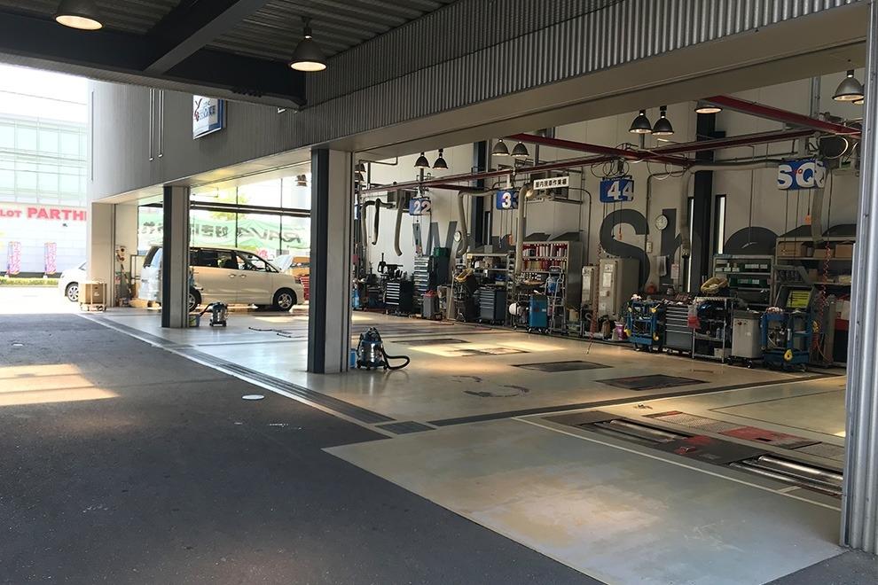 広畑店整備工場