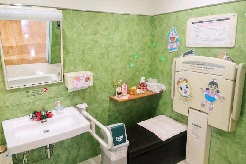 保谷富士町店(旧:東京カローラ保谷店)多目的トイレ