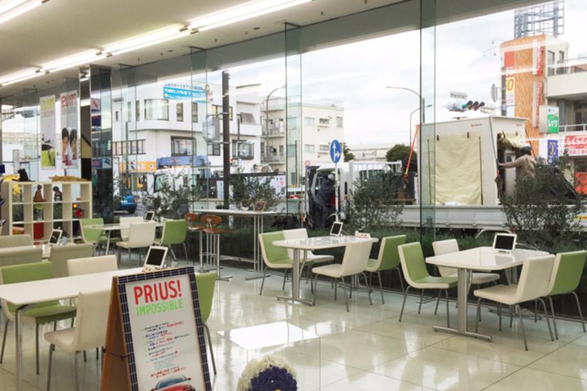 横須賀店(旧:トヨタカローラ横浜横須賀中央店)_店舗2_0501